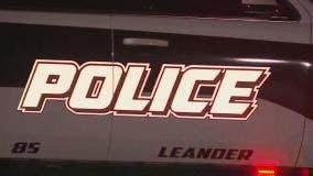 Man arrested after barricading himself in Leander home