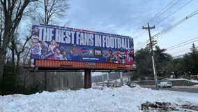 #FOXFanBracket: Buffalo's 'best fans in football' billboard goes up after Bills clinch AFC East title