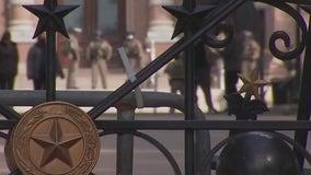 Businesses in downtown Austin board up following FBI warnings