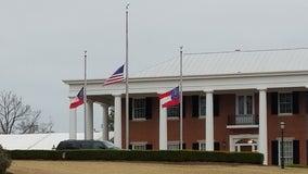 Georgia, Alabama lower flags to honor Hank Aaron