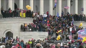 Congress back in session after pro-Trump rioters storm U.S. Capitol