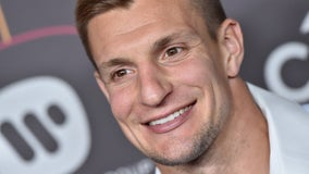 Buccaneers' Rob Gronkowski performs victory dance after helping man jump-start car