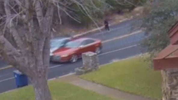 Austin woman warns drivers after possible attempted carjacking