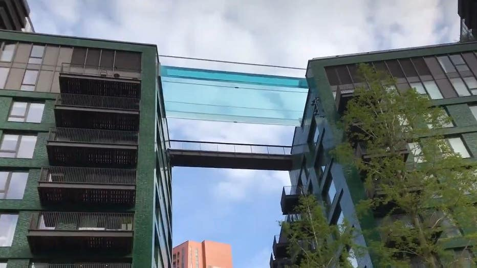 Embassy Garden's sky pool