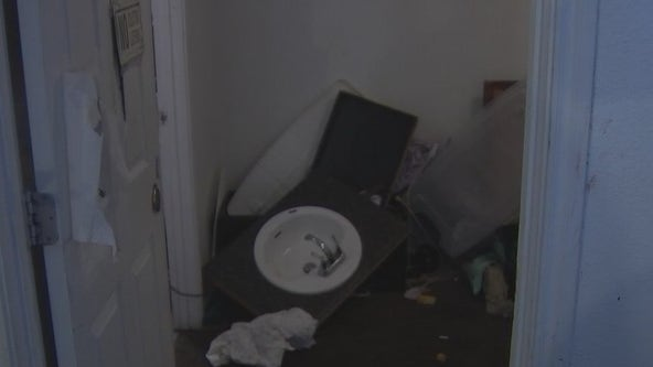 Residents at Mueller Flats Apartments being forced out by management