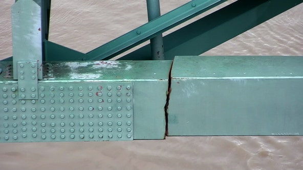 Memphis bridge crack: Interstate still closed but barge traffic resumes under damaged structure