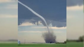 Rope tornado stretches across sky in Canada