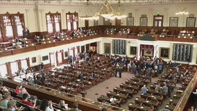 Texas House Democrats leave for D.C. to block state's voting bill
