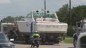 'Spare Room' is free: 41-foot boat stuck on Highway 71 for days removed