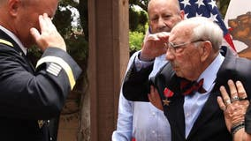 World War II veteran receives medal 75 years after it was awarded