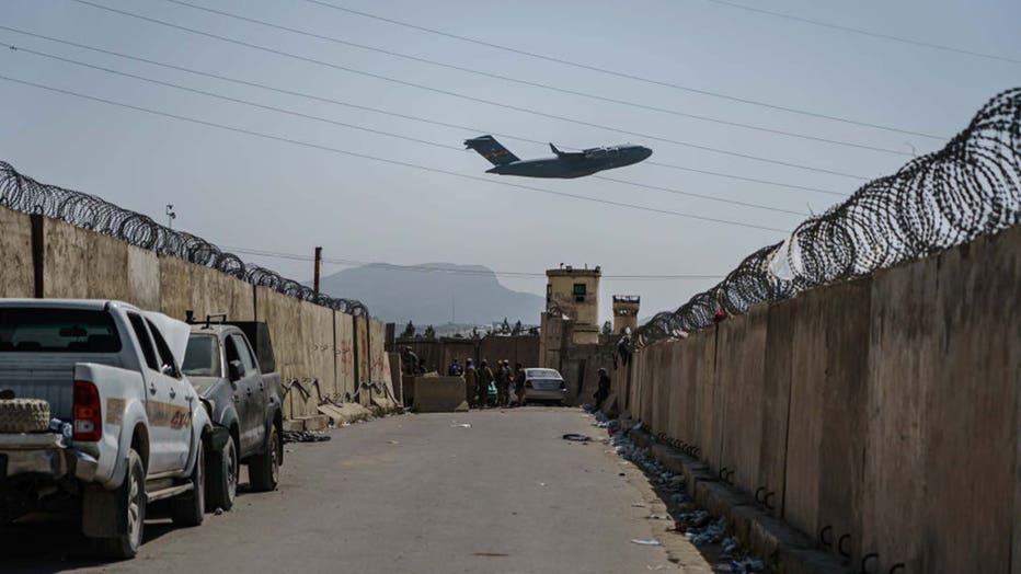 Plane-takeoff-Kabul-airport.jpg