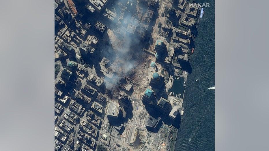 03_closer-view-of-world-trade-center_15sept2001_ikonos