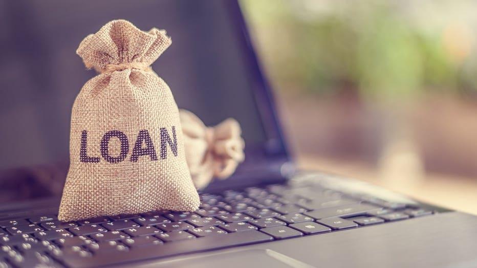51cb1dab-personal-loan-credible-iStock-1226786654.jpg