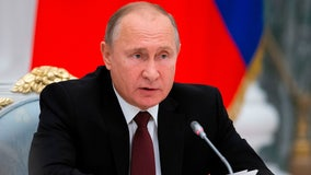 Putin orders Russians stay off work for a week amid rising COVID-19 infections, deaths
