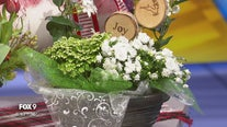 Decorate your holiday table with a festive centerpiece
