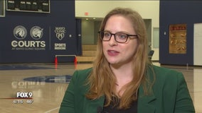 Lynx hire first woman play-by-play announcer