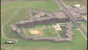 Two corrections officers injured at Oak Park Heights correctional facility