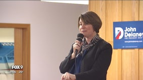 Sen. Klobuchar makes campaign stops throughout Iowa