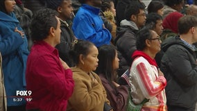 More than 200 participate in naturalization ceremony in Richfield, Minn.