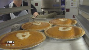 St. Louis Park community bakes pies to welcome, comfort Somali neighbors