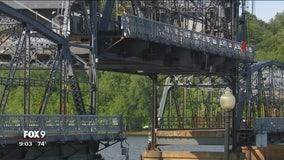 Man stuck on Stillwater Lift Bridge during malfunction