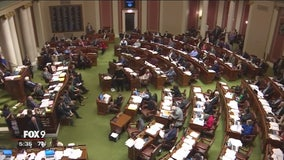 Minnesota Lawmakers, Governor Dayton take fight to court