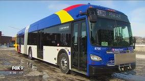 Metro Transit unveils all-electric bus