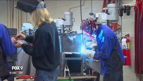 High Schoolers team up with MnDOT