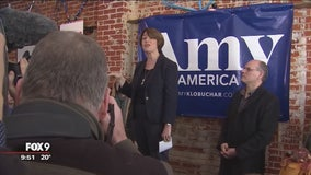 Klobuchar plays up Midwestern roots in first campaign swing