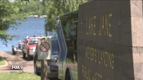 Capsized canoe leads to drowning on Lake Jane
