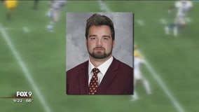 Former Gophers player Nick Connelly loses battle with cancer