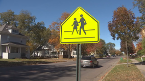 MnDOT: Pedestrian crashes increase during shorter, darker days of fall