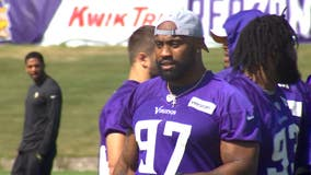 AP source: Vikings DE Griffen to void deal, hit free agency