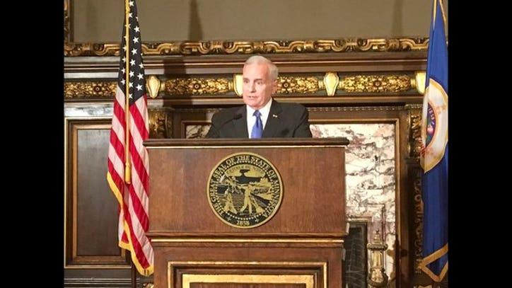 Minnesota governor says legislature should revisit body - Dayton home and garden show 2017 ...