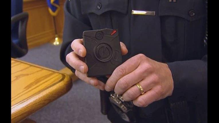 04205807-police body cameras_1449013031034.JPG