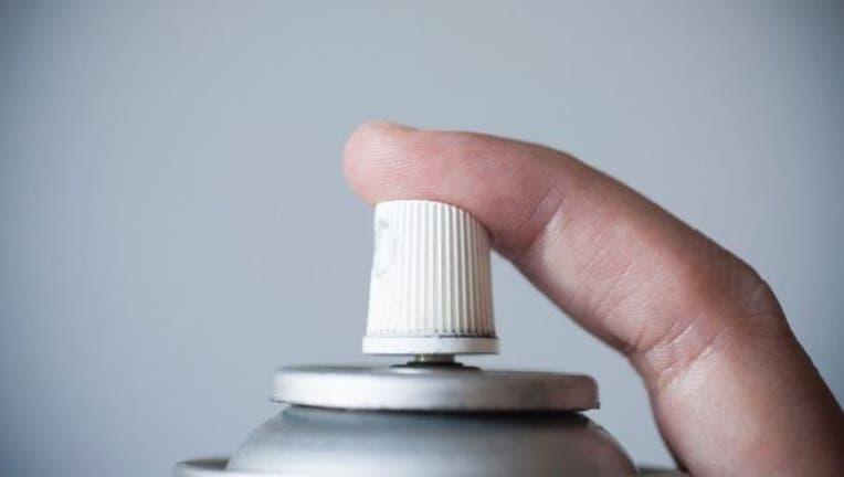 0e57ae2c-deodorant-aerosol-404023