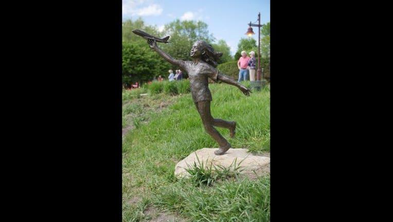 1f7d7799-edina sculpture stolen_1497471730930.jpg