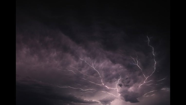 lightning_1447287706218.jpg
