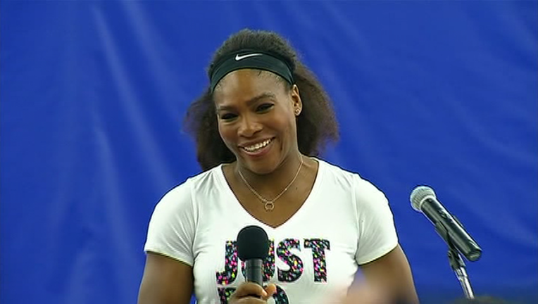 2015-04-07 Serena Williams Sterling Va_1485620103279-401096.png