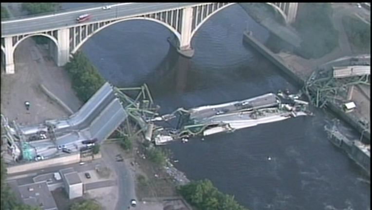 4315f854-35W bridge collapse