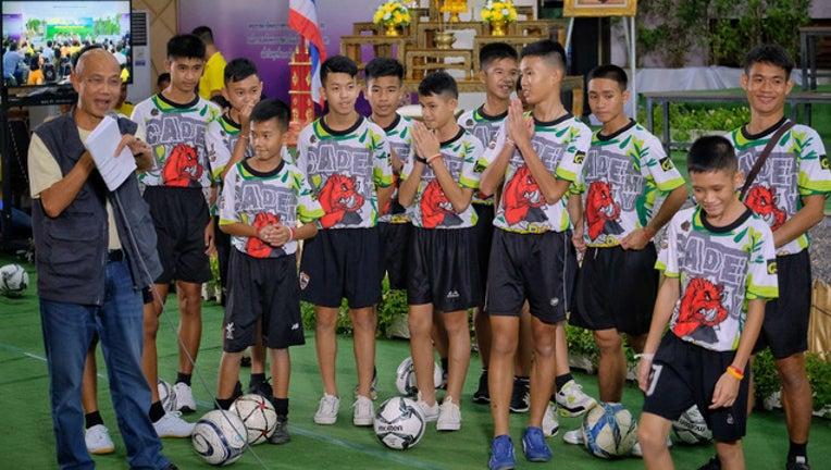 552bc35d-GETTY_thai-soccer_1531917454542-401720.jpg