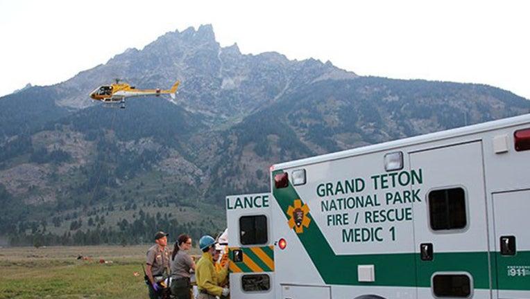 5f56dc86-Grand Teton rescue