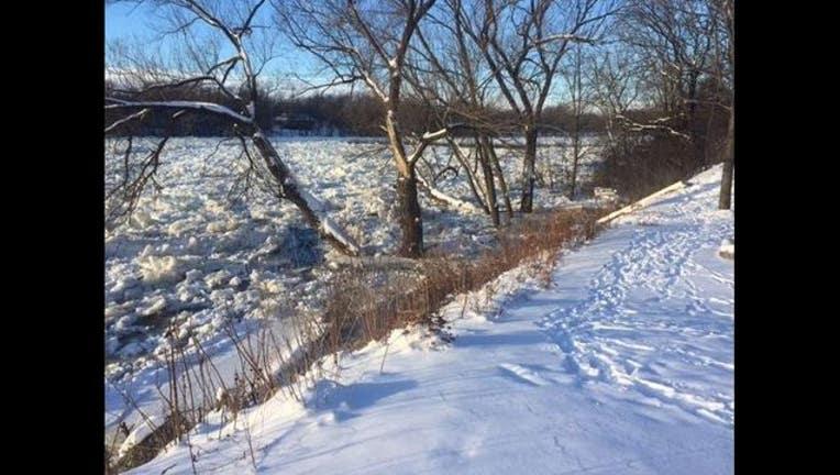 64e010a1-national weather service mississippi river ice jam elk river_1482372718240.JPG
