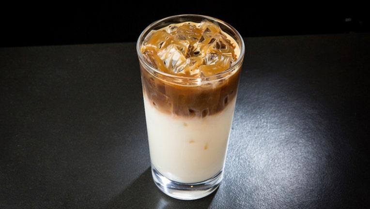 77734e78-Starbucks macchiato-401385.jpg
