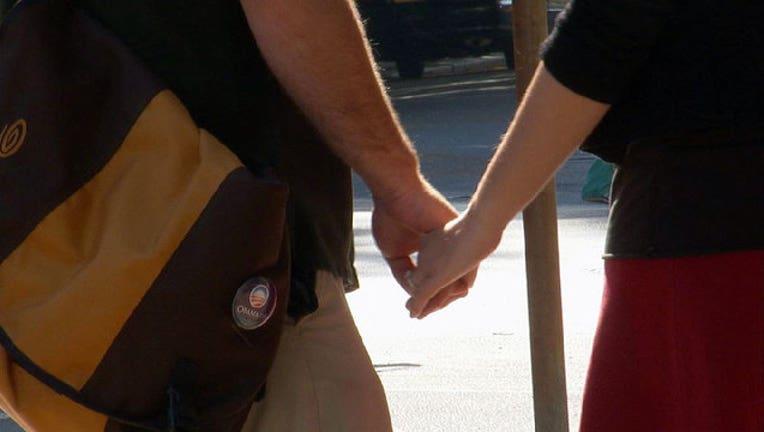 78c85e43-couple-holding-hands-relationship_1452804019059-402429.jpg