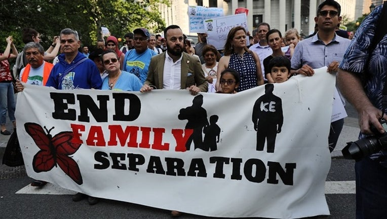 GETTY_immigrant_family_separation_protest_061618-401096