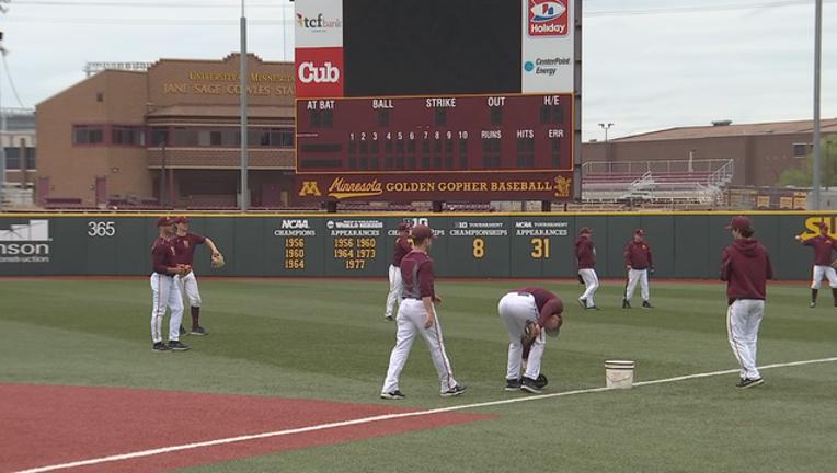 Minnesota Gopher baseball.png