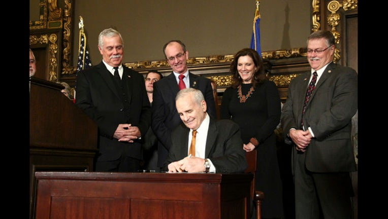 Courtesy of Office of Governor Mark Dayton & Lt. Governor Tina Smith