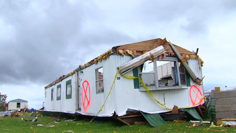 5-p-jacks tornado pkg.mp4_00.02.13.16_1495072715985.png