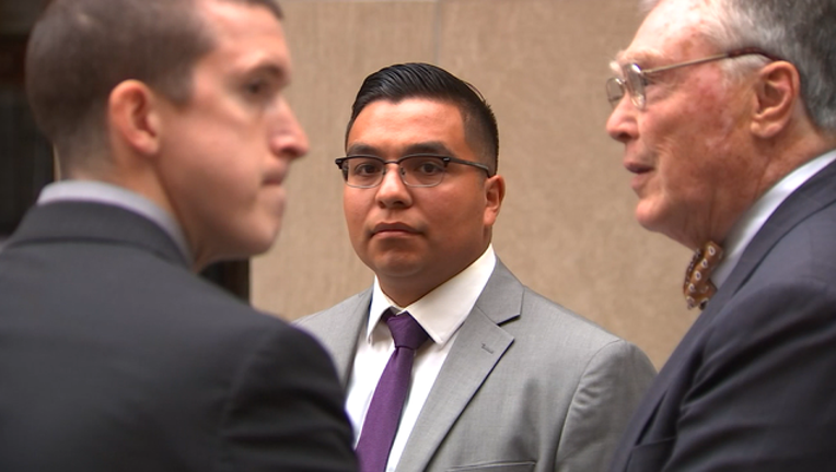 9-V-YANEZ WALKS OUT OF COURT_00.00.16.04_1496198081742.png